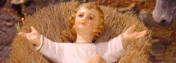 Weihnachten: Jesuskind in der Krippe