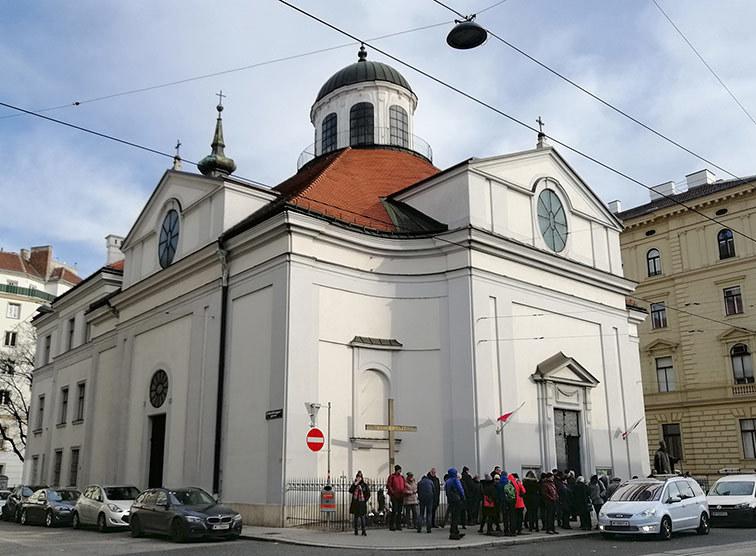 Vertraute Heimat In Der Fremde Die Polnische Gemeinde Der