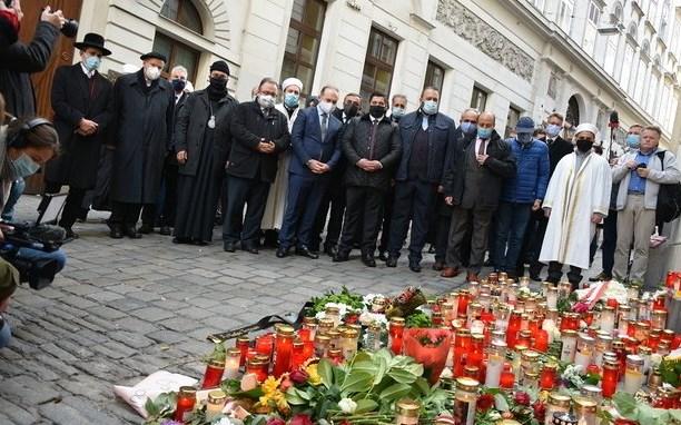Nach Anschlag: Religionsvertreter demonstrieren Zusammenhalt